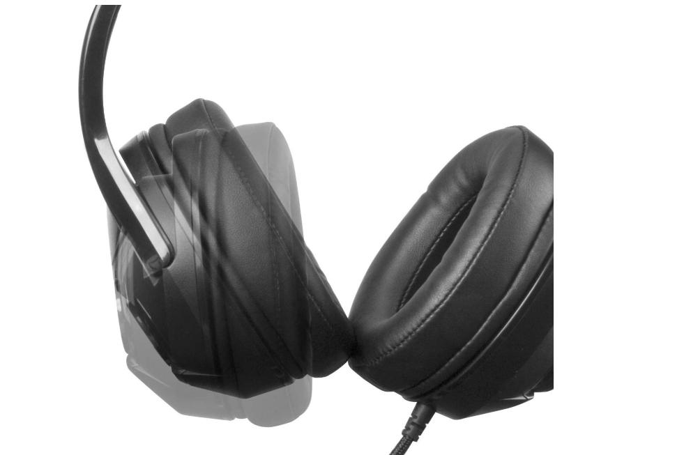 AmazonBasics-Gaming-Headset-ear